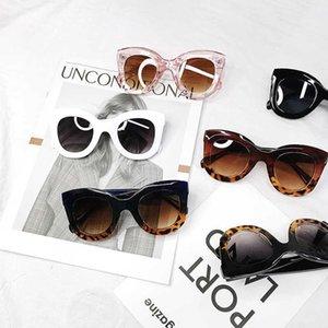 Fashion Promotion High Quality Classic Style Cat Eye Plastic UV400 Large Women Big Frame Sunglass