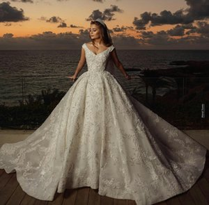 Luxury 2021 Wedding Dresses Bridal Gowns V Neck Lace Appliqued Beading Country Style Vestidos De Novia