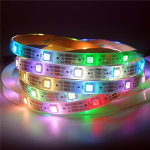0.5m 1m 2m 3m 4m 5m DC 5V SK6812 RGBW 4 em 1 pixel LED tira 30/60/144 LEDs / m Branco / preto PWB PW30 / 65/67 RGBW WS2812B fita fita
