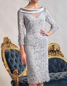 Sheath   Column Mother of the Bride Dress Elegant Bateau Neck Knee Length Lace Polyester Long Sleeve with Appliques 2021 c040