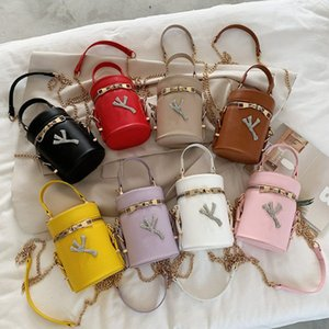 Fashion Letter Crossbody Bags PU Leather Bucket Bag Designer Handbag with Chain Totes Ladies Shoulder Messager Bags Outdoor Phone Pouch INS