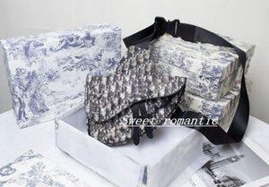Dior handbag 2021 Bolso clásico Sillín para hombres y mujeres Diseño de lujo Messenger Bag de alta calidad Personalidad negra única hombro con caja