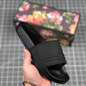 2021 Homens e Casal das Mulheres Modelos Chinelos Brand-Nome de Luxo Impressão Verão Moda Confortável Praia Alta Plana Sapatos Flip Flops