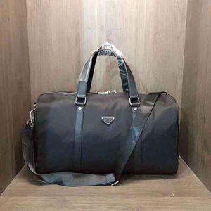 Borse TrHigh-End Quality Classical Fashion Fashion Duffel Uomo Donna Viaggio Grande Capacità Tutalli Bagagli 45cm Duffle