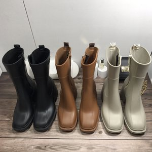 2021 fashion Latest female designer rubber rain boots block and sleek square toe leather boot style season waterproof women's thick-soled comfortable