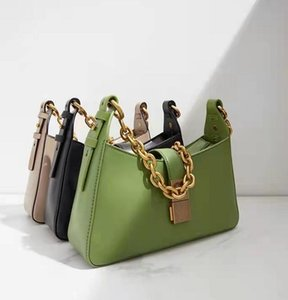 Women Messenger Travel bag Classic Style Fashion Shoulder Bags Lady Totes handbags 30 cm With key lock