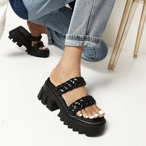 Dress Shoes Sandals Fairy Style 2021 Summer Versatile Roman Super Fire Net Red Muffin Women's Fashion Women