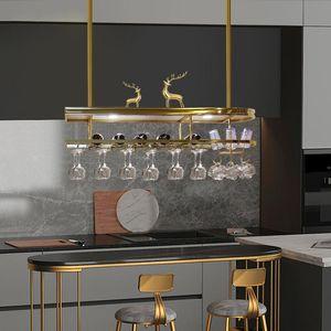 Rotweingläser sind auf den Kopf. Home Bar Kronleuchter Edelstahl hängende Glashalter in den Küchenanhängerlampen