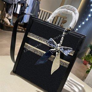 Klassische einfache Luxus 2021 SS Frauen Einkaufen Taschen Stickerei Buchstaben Vintage Mode berühmte Degeners Kreuzkörper Umhängetasche Handtaschen919