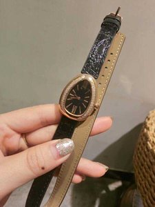 밴드 블랙 28mm 랩 가죽 다이얼 더블 숙녀 시계 골드 다이아몬드 베젤 로마 숫자 마커 쿼츠 여자 시계 타원형 케이스 모양 SE32
