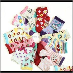 Одежда, детка, дети рождения рождений 2021 малыш мультфильм рожденные хлопковые носки против скольжения младенческий пол носок детская нога теплый 100 вот
