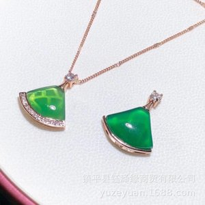 Green chalcedony S925 inlaid Lady Rose Gold Jade Necklace shop opening gift small skirt pendant