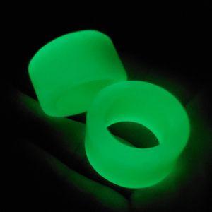 Exquisite luminous stone thumb ring