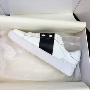 Оптовые мужчины женщины дизайнерские кроссовки открытые туфли с высоким качеством 9 цветов оригинальные коробки для продажи 35-48