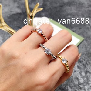 Jewelry Ladies band Van Rings Pendant carti bracelet Cleef Screw Party Wedding Couple Gift Love Ring Fashion Designer rings a420