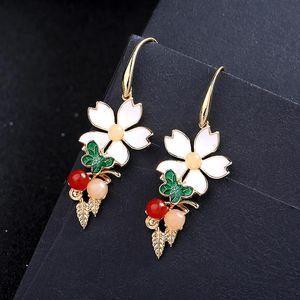 Encanto colgante accesorios de moda color oro esmalte flor hoja gancho pendientes personalizado al por mayor mujeres joyería para en stock cuelga chan