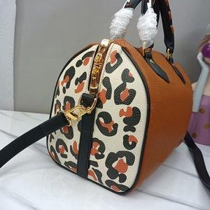 Classic New Style Women Messenger Travel bag Handbag Luxury designers Leopard Print cross body Shoulder Bags Lady Totes handbags 30 cm With key lock