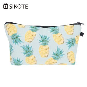 Fashion Cool Design Bags Cartoon Cute Pineapple Print Customized Small Cosmetic Bag Wristlet Makeup & Cases