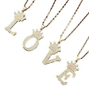 26 Italiano Lettere da donna Moda Corona Corona Collana pendente Catena in acciaio inox Zircone Lettera Pendente