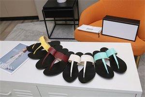 2021 Men Beach Slippers Summer Fashion Women Flip Flops Leather lady Slipper Metal shoes Double Buckle Clogs Slides Large size 35-45