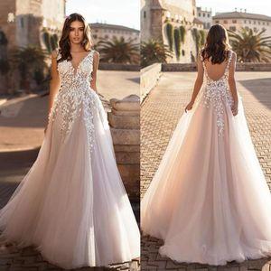 2022 Graceful V Neck Beach Wedding Dresses Backless 3D Floral Appliqued Lace Bridal Gowns Tulle vestido de novia Plus size