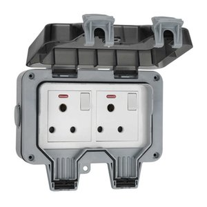 Two-position 2 Gang Frach Outdoor Waterproof Plug Switched 15A Wall Socket with Light for Garden Balcony Bathroom