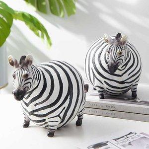 Scandinavian style interior Figurines Zebra Resin Animal Statue kawaii room decor Desktop decoration accessories garden decor 210607
