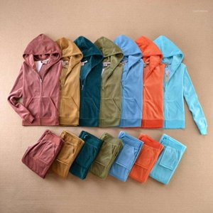 Traje de terciopelo Juicy 2 pieza Conjunto de mujeres Trajes de estilo Casual Sudaderas con capucha Tops de manga larga + Pantalones Traje para Sport S-XXL1