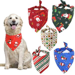 Lecute Pet Köpek Malzemeleri Tükürük Havlu Karikatür Noel Baba Baskı 7 Stil Pet Pamuk Üçgen Eşarp Aksesuarları Toptan