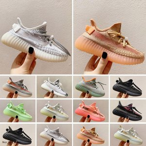 Designers Kids Athletic Outdoor Shoes 2021 Kanye Toddlers Trainers v2 Clay Black Triple White Antlia Children Sneakers Boys Girls Running 26-35