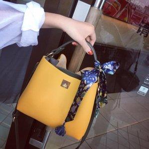 Contrasting Color Women Bucket Bag 2021 Spring And Summer High-End Western Style Large-Capacity Simple Messenger Single Shoulder Handbag1