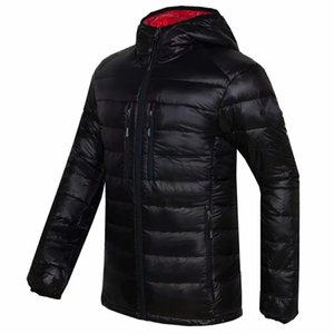 Men's All-Season Ultra Lightweight Packable Canda Down Jacket Water and Wind-Resistant Breathable Goose Coat Men Hoodies Jackets
