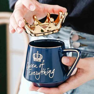 Queen of Everything Mug With Crown Lid and Spoon Ceramic Coffee Cup Gift for Girlfriend Wife C66 210409