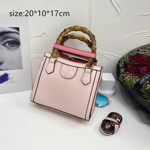 ALMA BB Designer handbags Shoulder bag New bamboo handle crossbody bagss Embossed cowhide with woven Ladies wallet Totes luxury bags