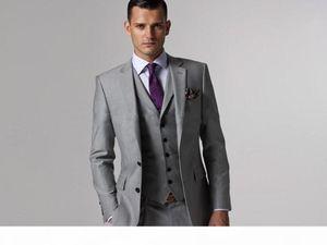 Handsome Side Vent Light Grey Groom Tuxedos Groomsmen Notch Lapel Best Man Suit Wedding Men's Blazer Suits (Jacket+Pants+Vest+Tie) K429
