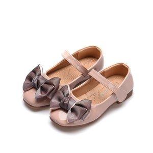 Детская обувь Принцесса Красные Розовые Черные Сандалии Дети Кожаное Платье Платье Площадь Кошка Девушки Детские Повседневные кроссовки