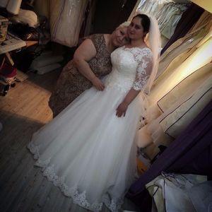 Elegant Plus Size Wedding Dresses Bridal Gowns A Line Appliques Lace Half Sleeve Beads Floor Length Tulle Princess Bride Dress