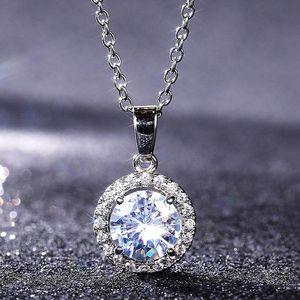 Pendant Necklaces 8MM Round Cubic Zirconia Dazzling Versatile Necklace Fashion Style Jewelry Women Wedding