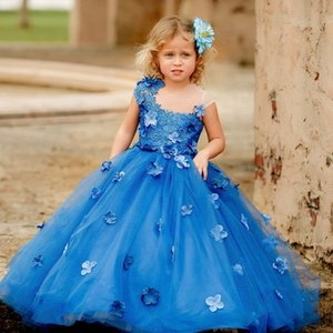2021 Blue Lace Flower Girl Dresses Ball Gown Sheer Neck Hand Made Flowers Lilttle Kids Birthday Pageant Weddding Gowns
