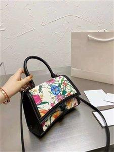 Мода дизайнерские сумки 2021 дамы роскошь качественные песочные часы сумка на плече сумочка сумки уникальный культовый изогнутый внешний вид буквы логотип холст материал досуг