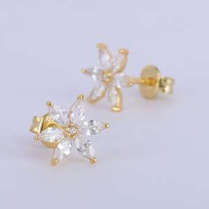 Small Flower Stud Earrings with prong setting earring back made of 925 sterling silver