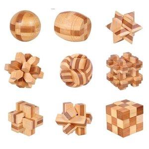 Mini Tamanho IQ Bamboo Cérebro de Madeira Teaser Burr Puzzles Game 4.5cm x0522