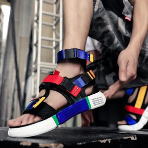 Sandali del designer colorato elegante originale uomini ad alta superstar fibbia di lusso uomini scivoli da uomo estate piatta spiaggia sandali comfort