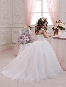 Ball Gown Little Girls' Wedding Dresses Lace Appliques Crew Neckline Ball Gown Tulle Floor Length Little Girls' Wedding Dresses