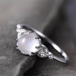 Cluster Rings Vintage Gold Opals For Women Hollow Pattern Moonstone Ring Female White Silvery Jewelry Ladies Wedding