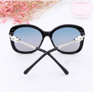Vintage Pearl Designer Sunglasses High Quality Brand Polarized Sun Glasses Metal Frame Women Touring Eyewear 5 Color