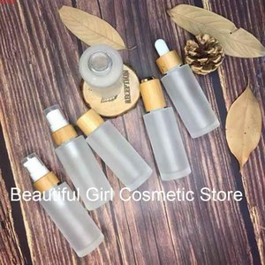 Natural CBD bamboo mist spray perfume frosted glass bottle essential oil,wooden screw lid padded sleeve cosmetic skincaregoods