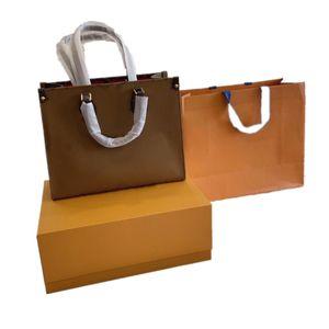 MM 35*27*14 CM On The Go Bag Floral Printed Cowhide Multi Colors Luxury Tote Black Belt Womens Pack Big Brand Designer Hand Shoulder Purse M45321