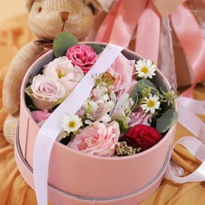 Florist Hat Scarf Storage Round Leather Handheld Candy Boxes Flowers Gift Box Packaging for Gifts Christmas1 32PX
