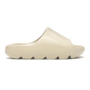 2021 Kanye West Men Women Sandals Slippers Core Bone Earth Brown Pure Desert Sand Foam Runner Outdoor Yezzy Yezzys Slides
